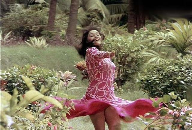 Madhuri Dixit  Upskirt Rare Hot Photos  Celebrities -9342